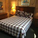 Nokomis bedroom - Queen bed